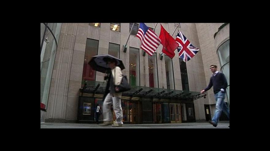 Video V New Yorku se bude dražit žlutý diamant