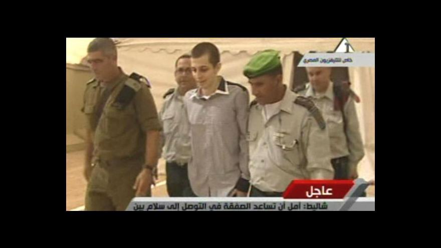Video Výměna Šalita za Palestince proběhla poměrně hladce