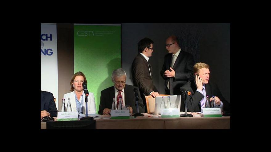 Video Část konference s projevy politiků