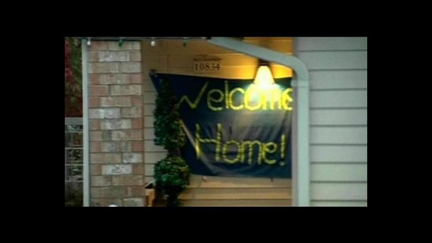 Video Knoxová je už doma