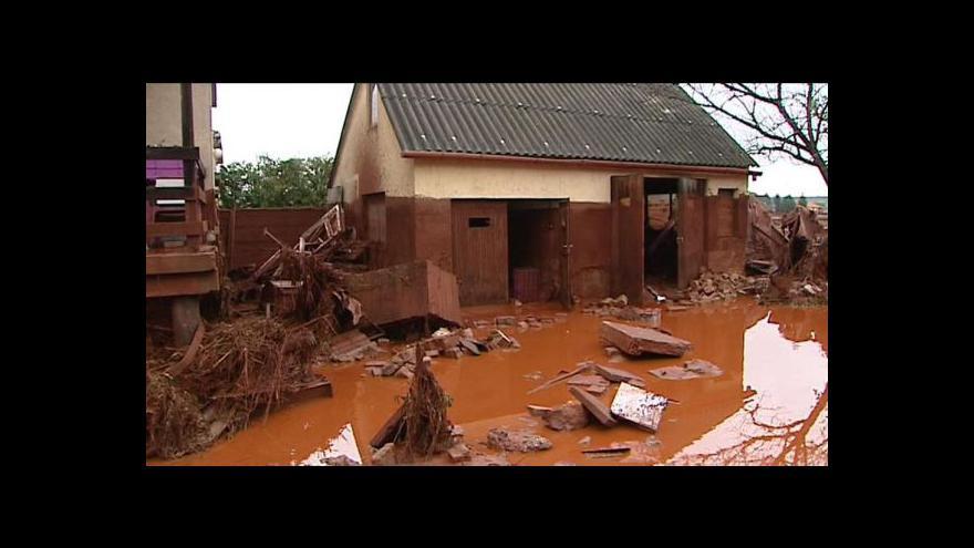 Video Maďarské obce zaplavil žíravý kal
