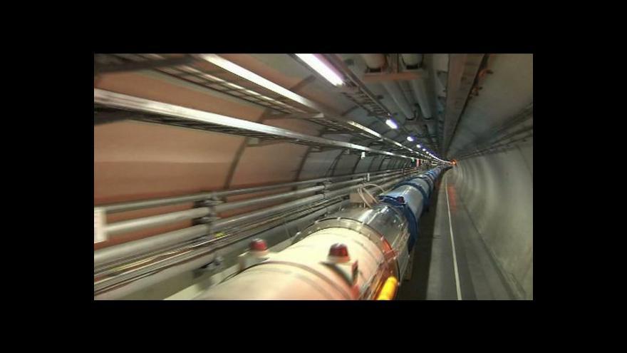 Video Vědci z CERN zaregistrovali částice rychlejší než světlo