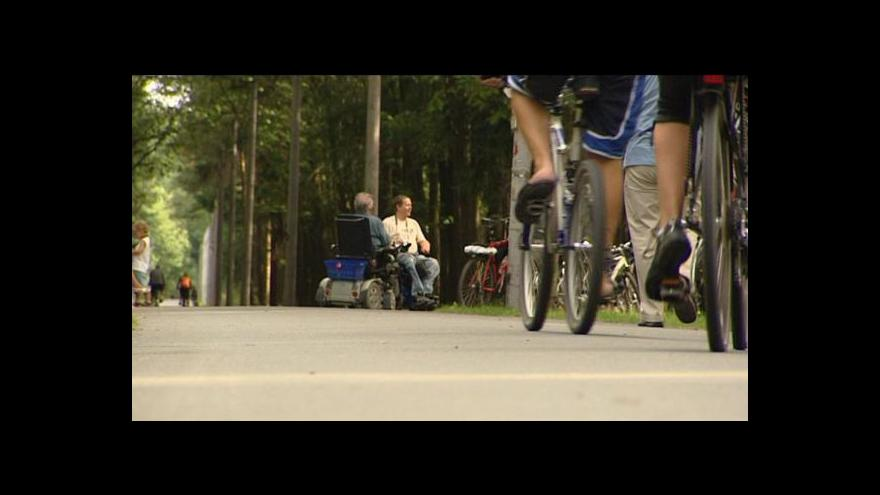Video Lesní tratě pro vozíčkáře