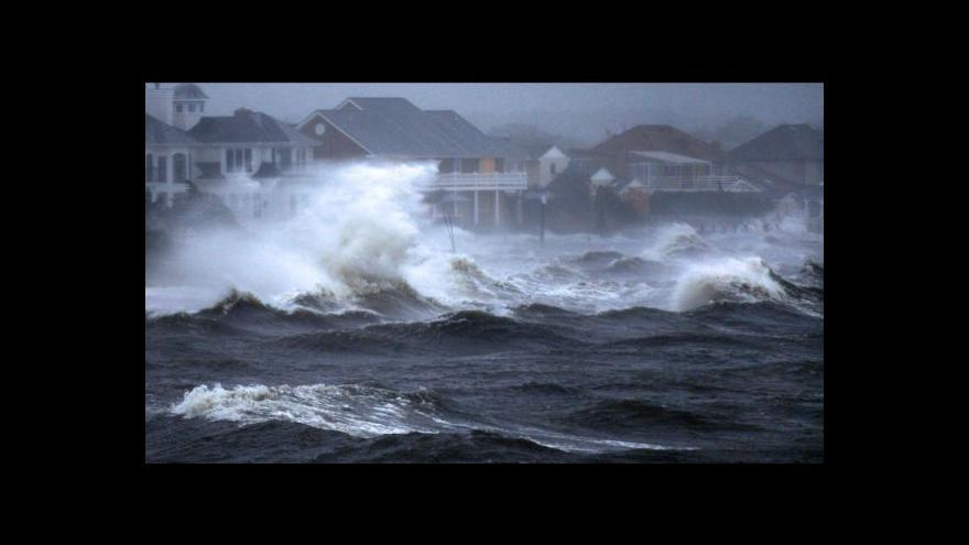 Video Studio 6 k tropické bouři Irene