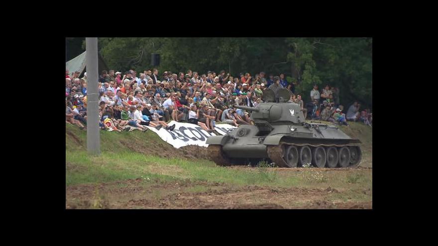 Video No comment: Tankový den v Lešanech