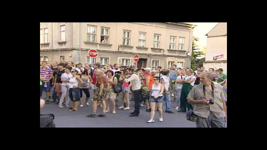 Video Vstup Martiny Tlachové a Ley Surovcové