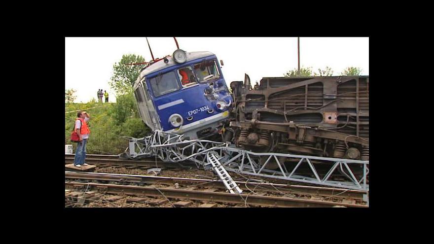 Video Železniční neštěstí ve středním Polsku