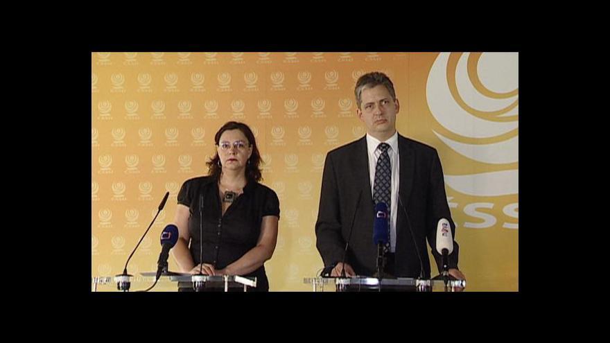 Video Rozhovor s Filipem Melzrem a výstup Jiřího Dienstbiera