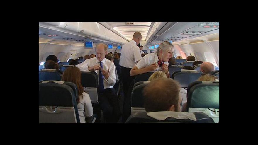 Video Strachem z létání trpí spousta pasažérů