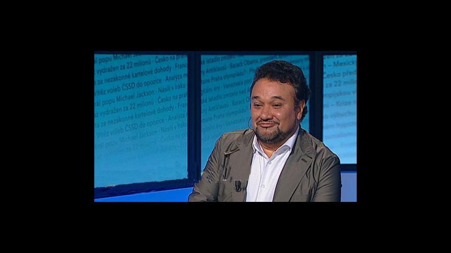 Video Ramón Vargas hostem Událostí, komentářů