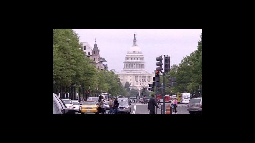 Video Spojeným státům se stále nedaří zatočit s dluhy