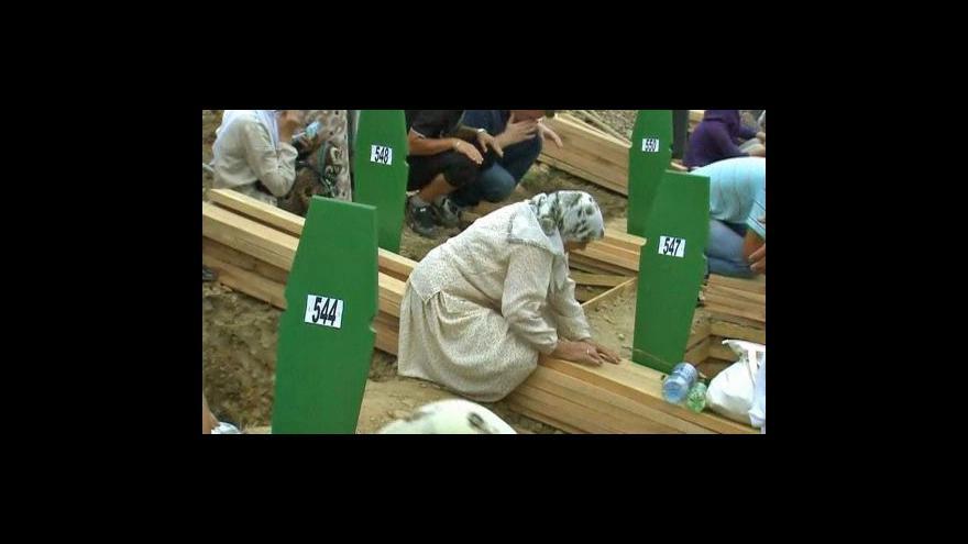 Video Srebrenica si připomněla 16. výročí masakru