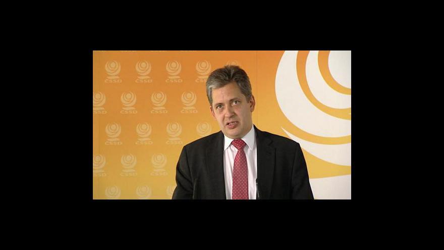 Video Brífink ČSSD k odborům a zákonu o obětech