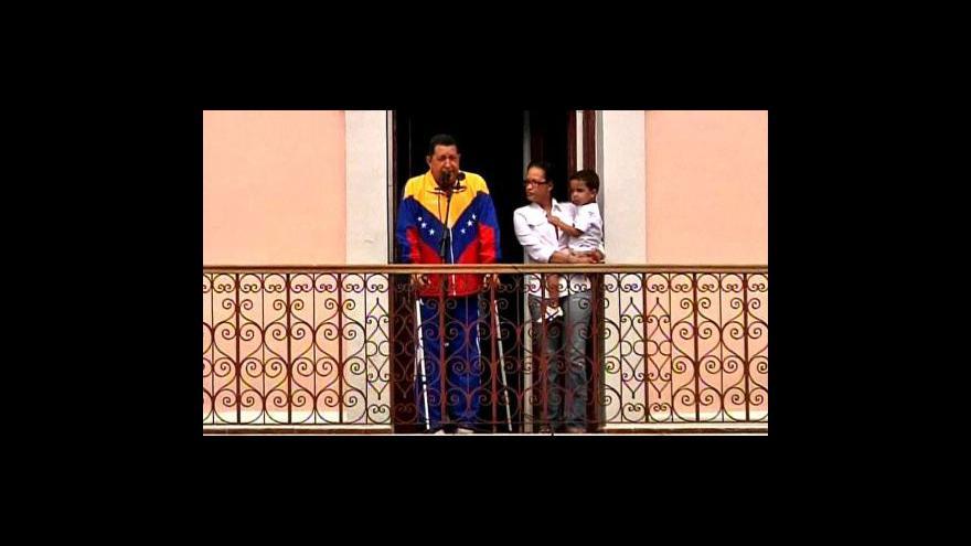Video Chávez přiznal rakovinu
