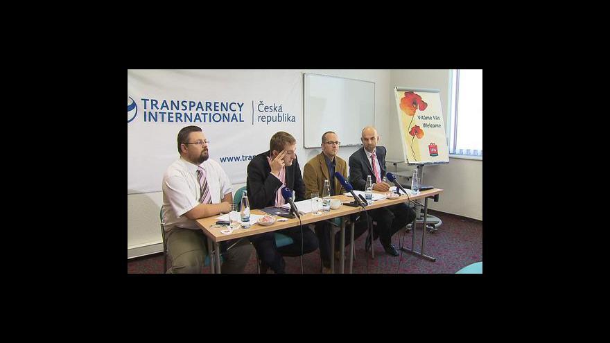 Video Brífink Transparency International o kupčení s hlasy