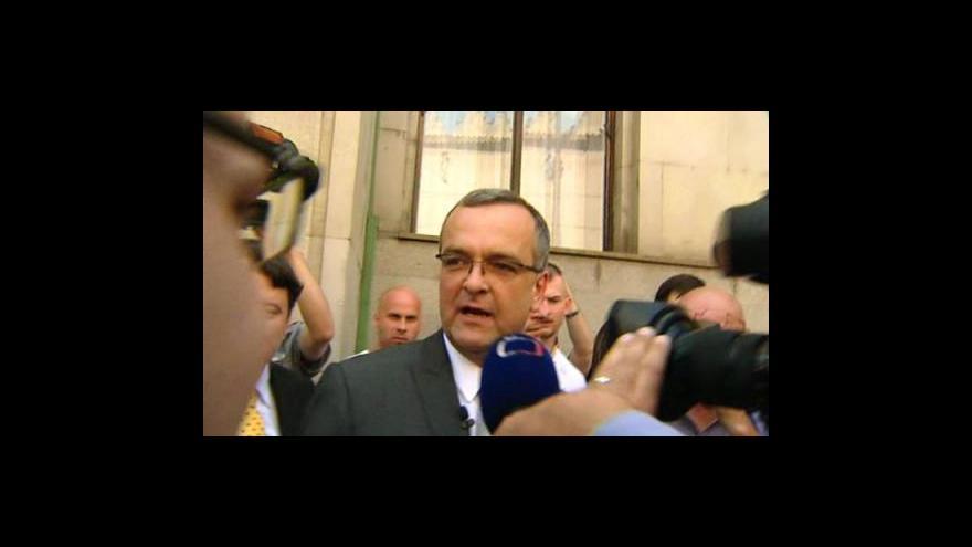 Video John, Sobotka a Kalousek o situaci po stávce