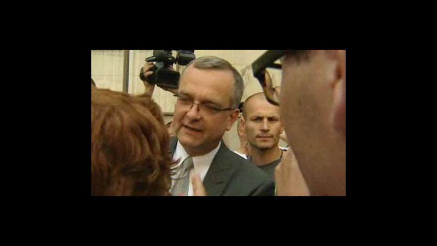 Video No comment: Miroslav Kalousek při výměně názorů s odboráři
