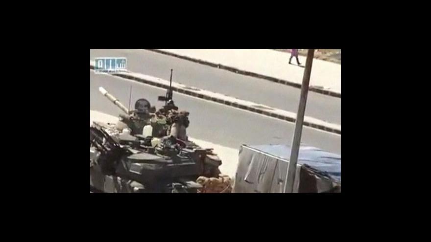 Video Syrská armáda zasahuje proti povstalcům
