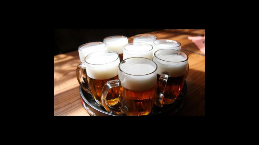 Video Spotřeba piva stoupá