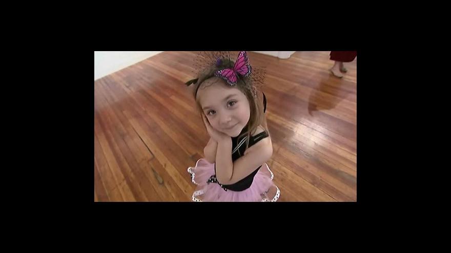 Video Čtyřletá malířka senzací na newyorské scéně