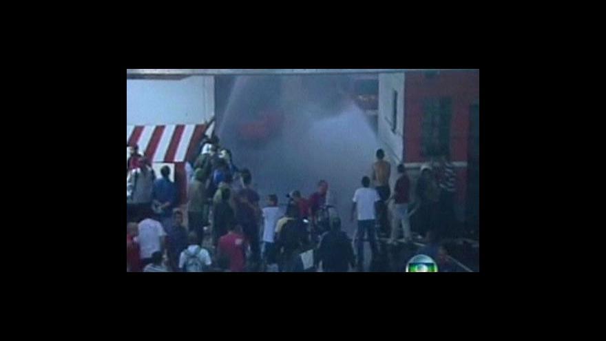 Video Protesty brazilských hasičů