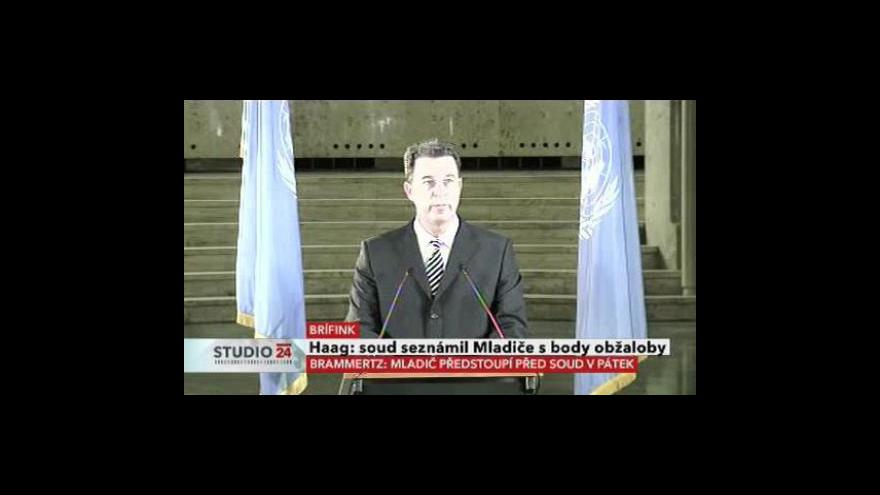 Video Brífink žalobce v případu Ratka Mladiče