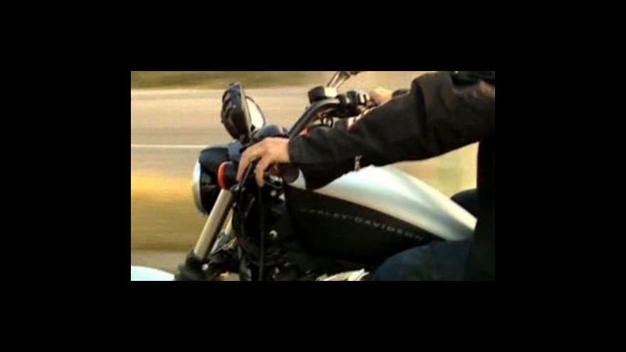 Video Drahý benzin a prodej motorek