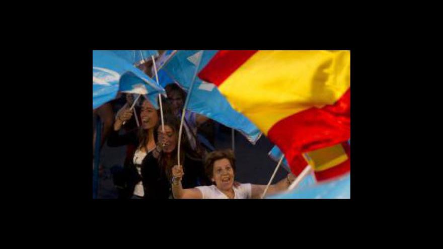 Video Španělští voliči potrestali vládu