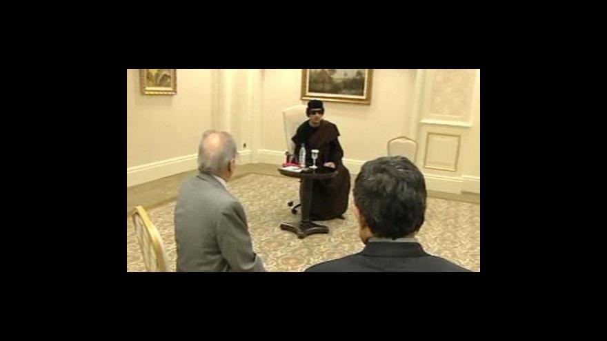 Video Kaddáfí se ukázal v televizi