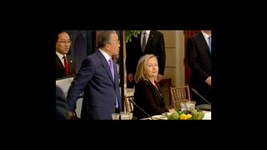 Video Clintonová kritizuje Čínu