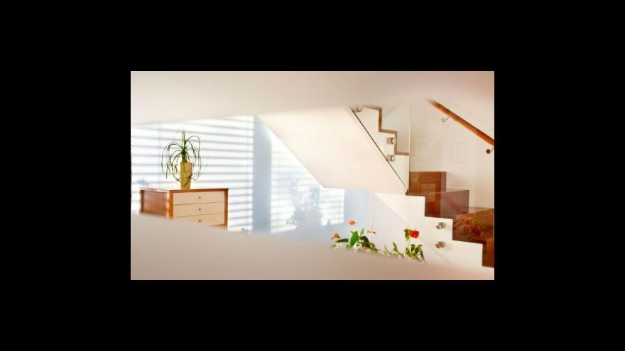 Video Půjčky na nájemní bydlení tématem Ekonomiky ČT24