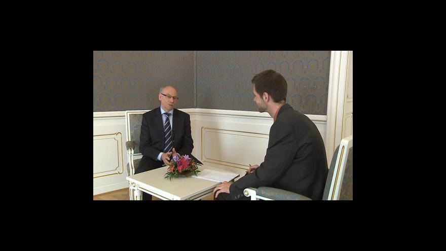 Video Rozhovor s Januszem Lewandowskim