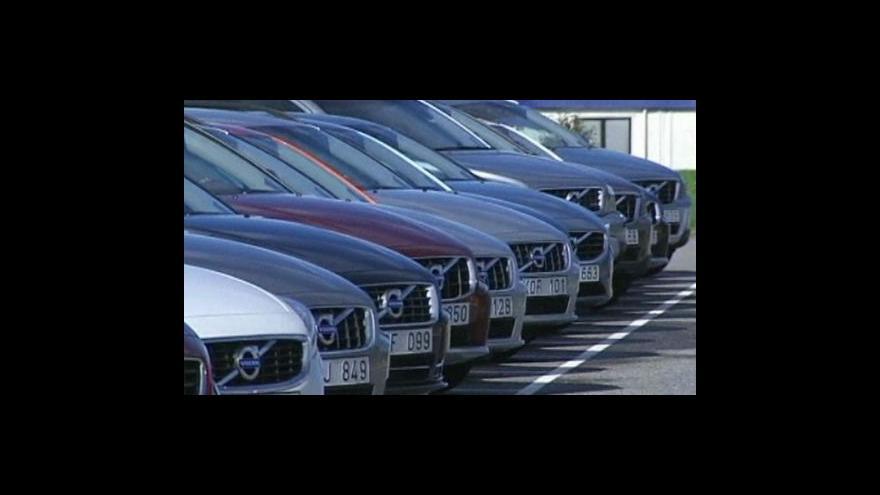 Video Šedá nebo červená barva mezi majiteli nových aut vedou