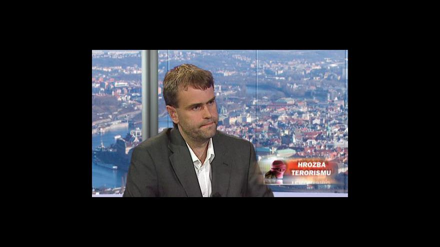 Video Robert Šlachta v Otázkách Václava Moravce