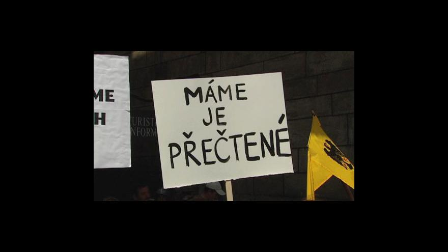 Video Protest proti zvýšení DPH na knihy