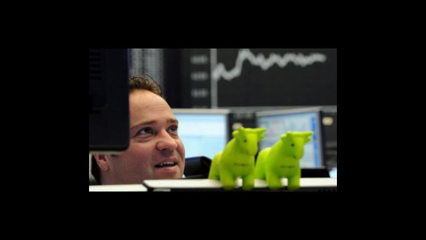 Video Reakce trhů na smrt Bin Ládina tématem Ekonomiky ČT24