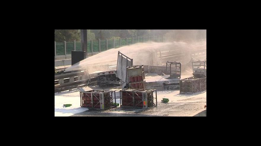 Video Po nehodě je uzavřena D5