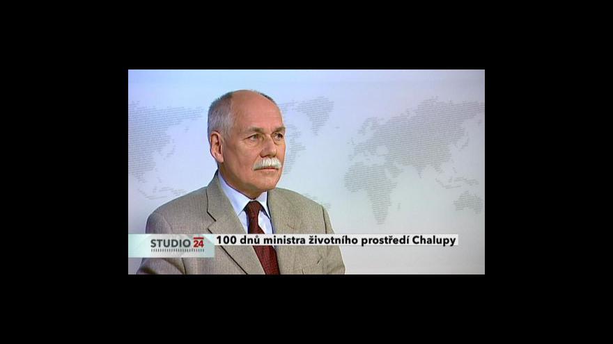 Video Bedřich Moldan a Jiří Zimola ve Studiu ČT24