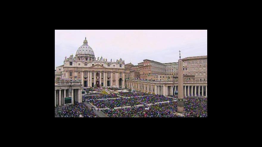 Video Požehnání papeže Benedikta XVI.