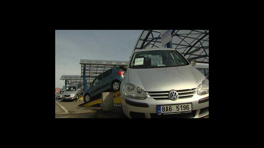 Video Jak si půjčit peníze na auto