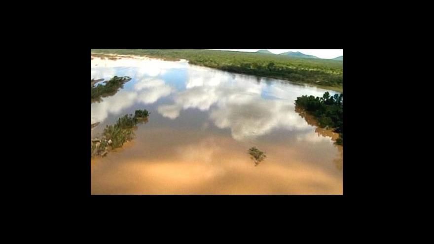 Video Povodně poškodily Velký bariérový útes
