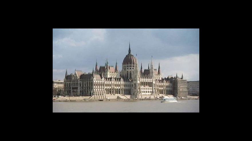 Video Před polednem o nové maďarské ústavě
