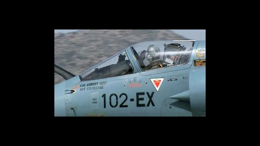 Video NATO musí být v Libyi důraznější