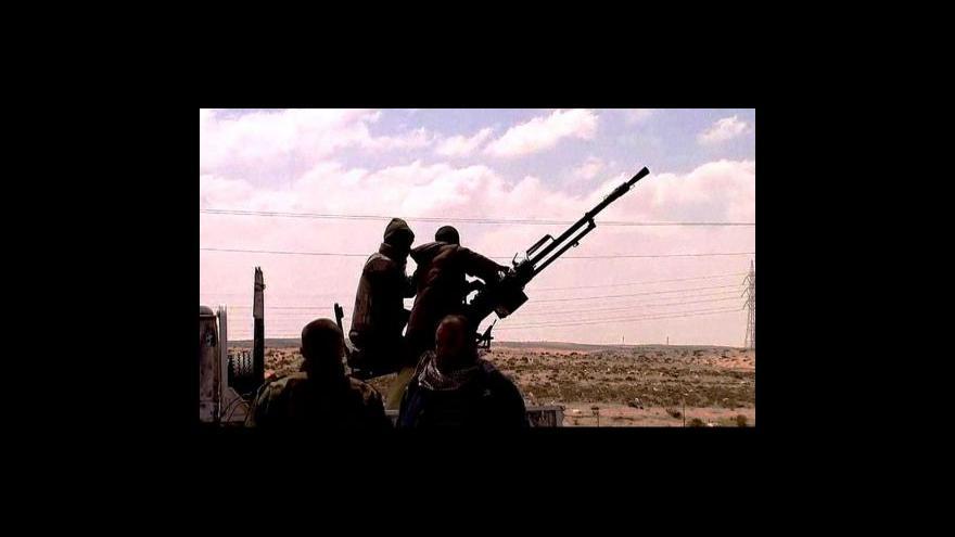 Video Kaddáfí přijal návrh Africké unie na ukončení bojů