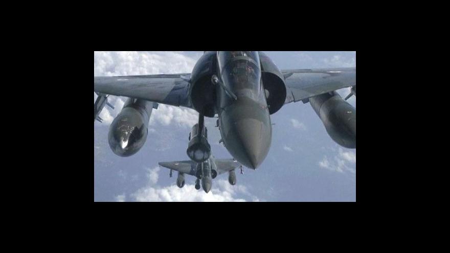 Video Povstalci kritizují operaci NATO
