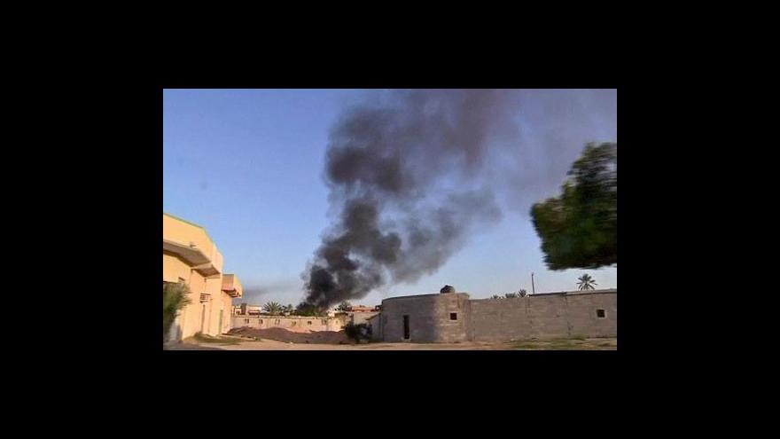 Video V Libyi se dál bojuje. Vzdá se vláda?