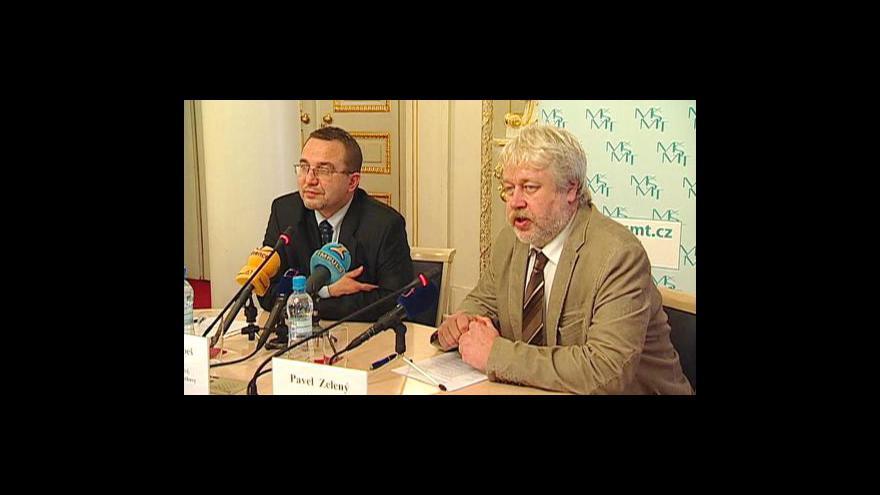 Video Tisková konference k přípravám na státní maturity