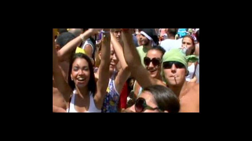 Video Začíná karneval v Riu de Janeiru