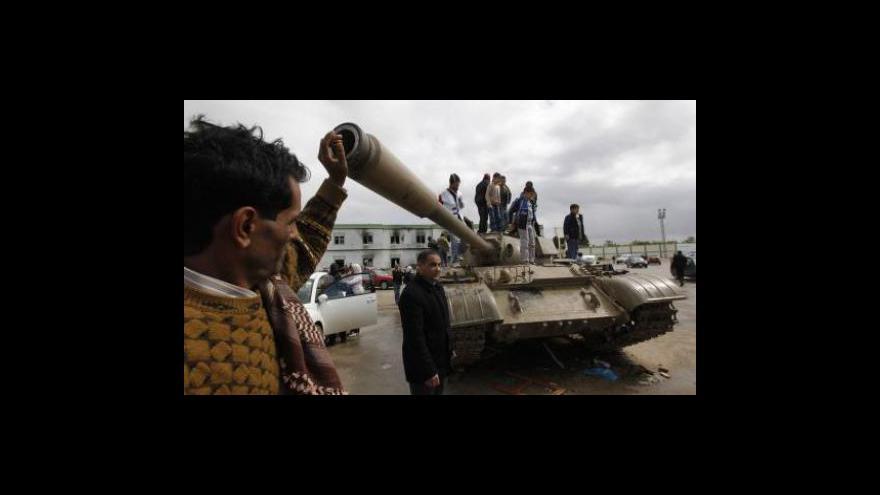 Video Násilí v Libyi už vyvolalo mezinátodní sankce