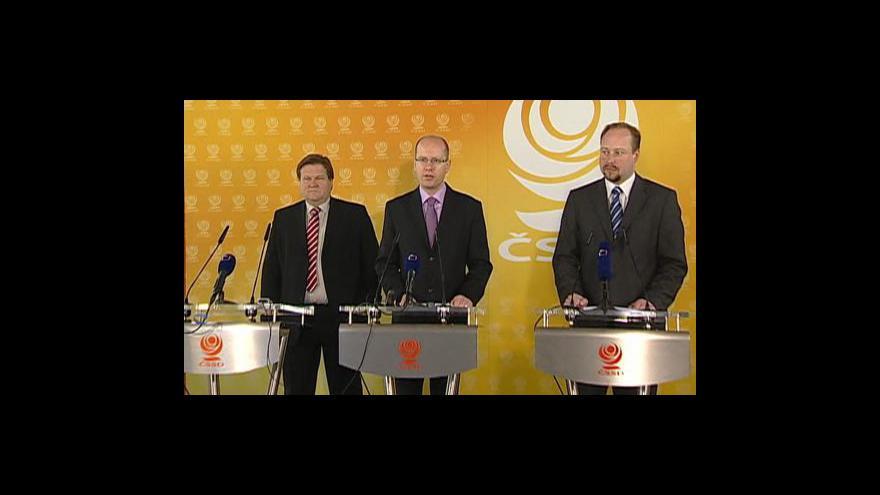 Video Brífink ČSSD k situaci ve vládě